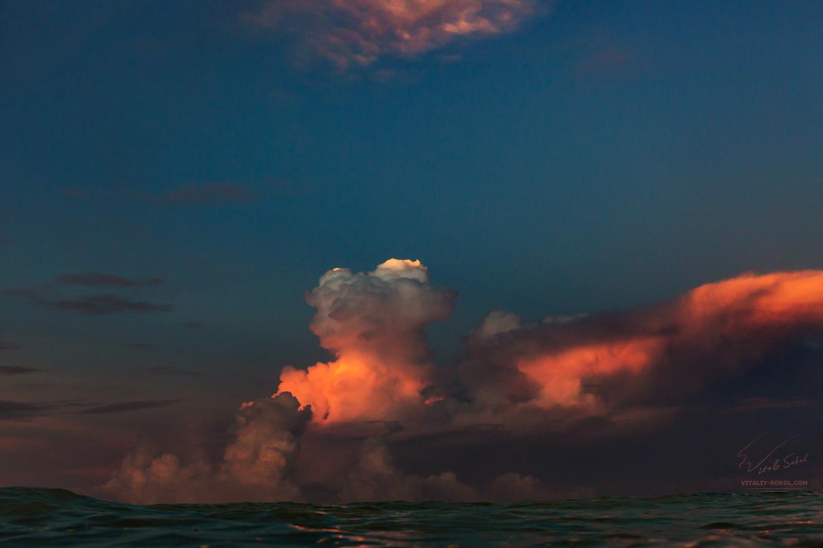 Sunrise. Bali.