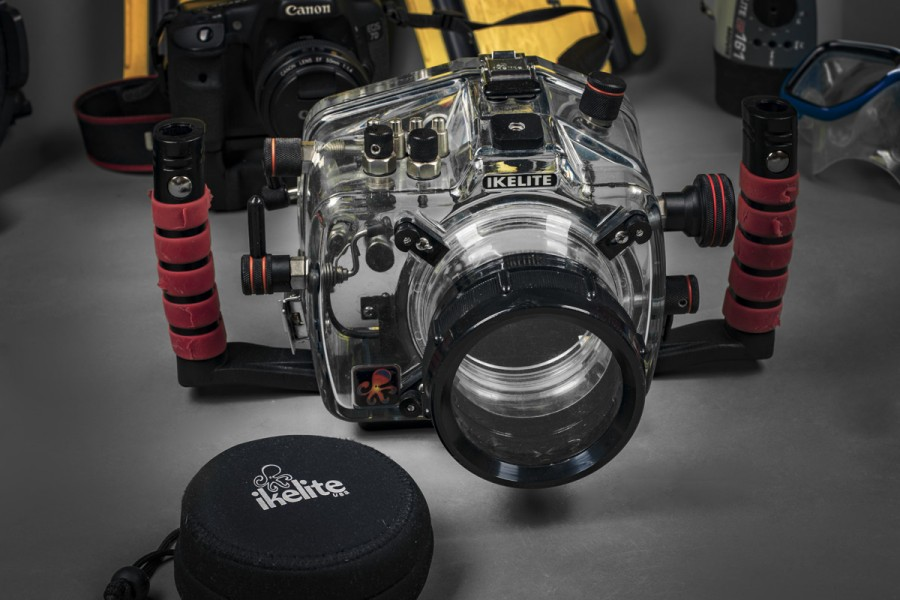 Ikelite underwater housing for canon 7d