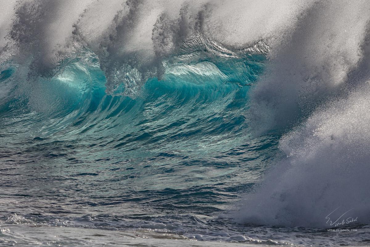 Океанская красивая волна