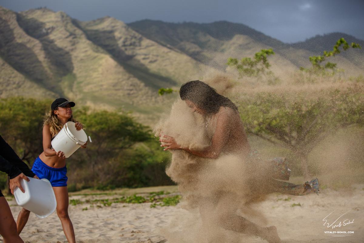 Песок и туземец
