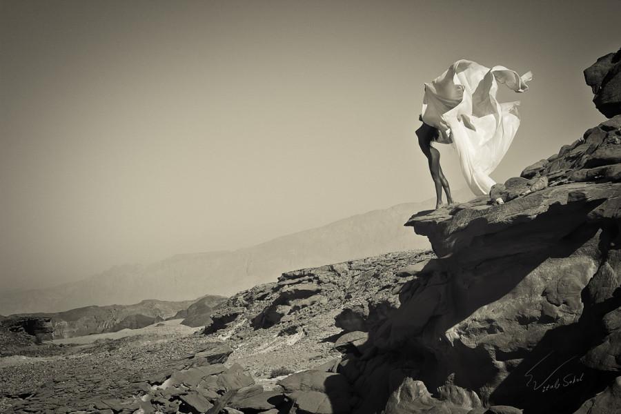 Парк Тимна, Израиль, обнажённая модель Яника Ланд
