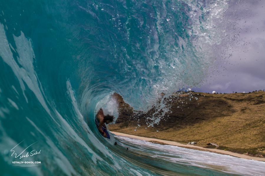 Ocean Waves By Vitaliy Sokol