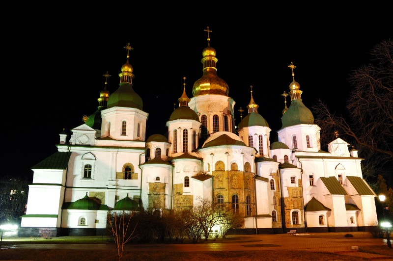 Храм, построенный в первой половине XI века в центре Киева, согласно летописи, князем Ярославом Мудрым на месте победы над печенегами в 1036 году.