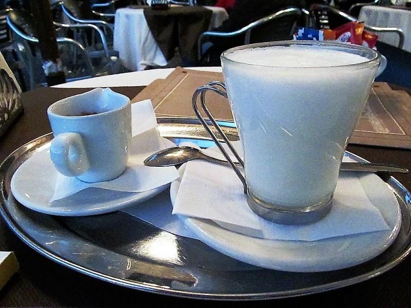 Кофе с молоком. Венеция ноябрь 2013 года.