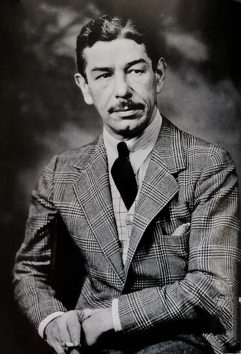 Князь-мошенник Майкл Романофф: был другом Синатры и Богарта и владел самым дорогим рестораном Голливуда, не имея ни цента