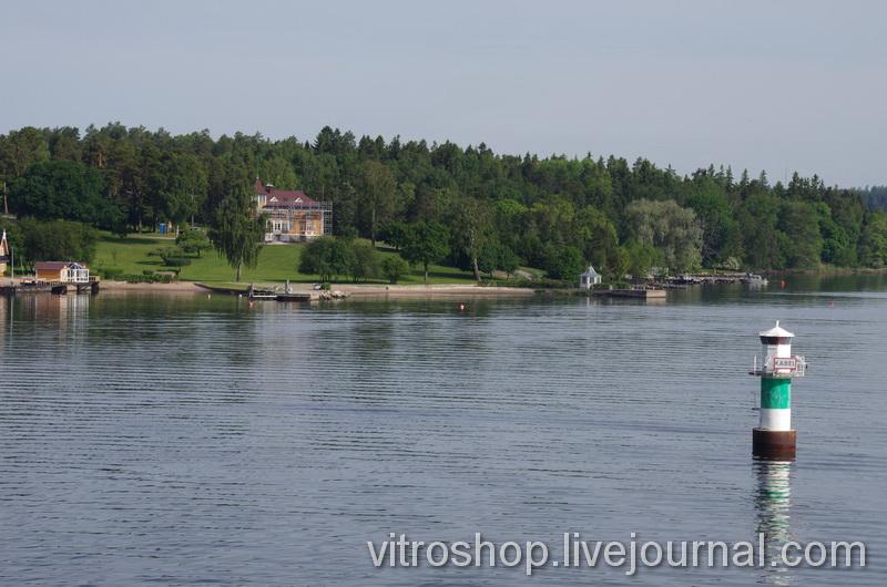 """Берега Швеции с парома """"Хельсинки-Стокгольм""""."""