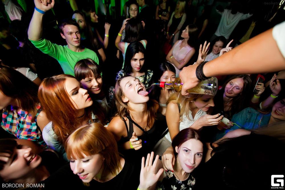 Секс на дискотеке москвы