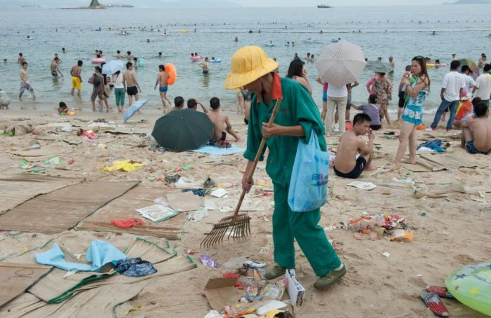 dirty_beaches_in_china_05