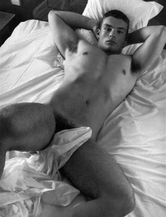 naked-guys-1