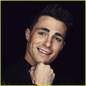 colton-haynes-live-tweeted-a-couples-first-date2