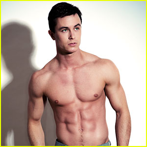 Teen Wolf's Ryan Kelley Shows Off His Rock-Hard Abs! - Oh ... - photo#47