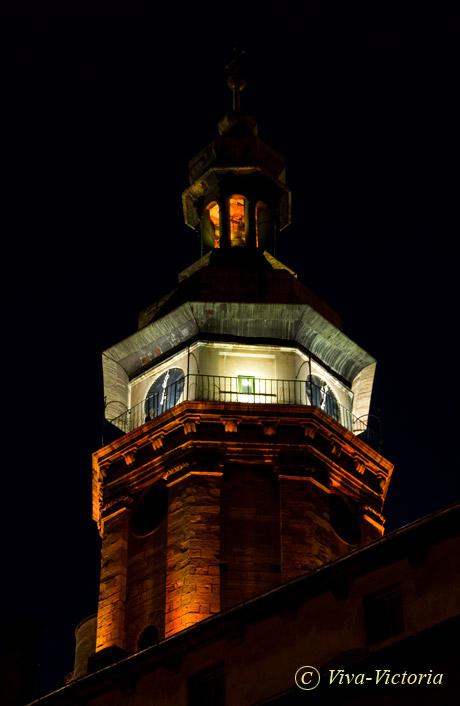 http://pics.livejournal.com/viva_victoria/pic/0001yg2x