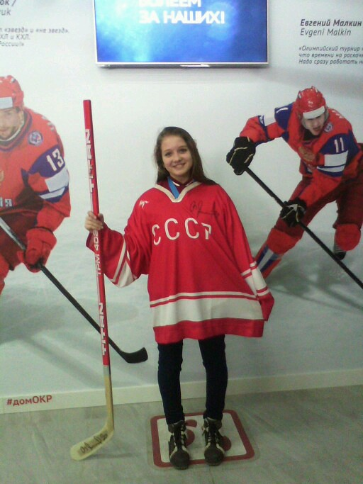 маша хоккей 1