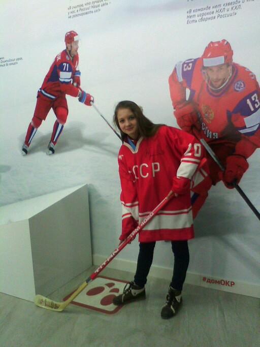 маша хоккей 2