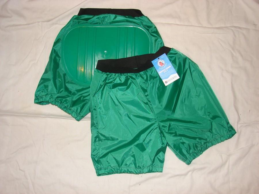 Зеленые санки-шорты