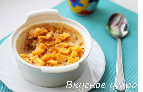 Крем-карамель из геркулеса с яблоком