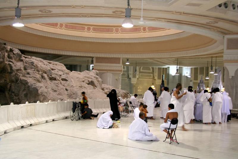 Паломники на горе Сафа
