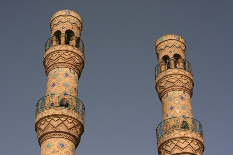 Соборная мечеть в Тебризе. Минареты с площадками для муэдзинове