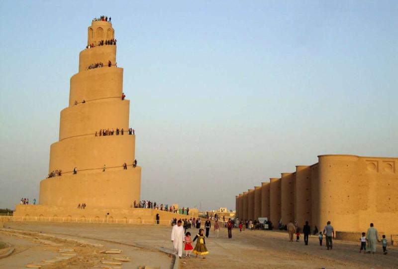 Малвия («Ракушка»)  – спиральный минарет мечеть в Самарре (Ирак). IX век