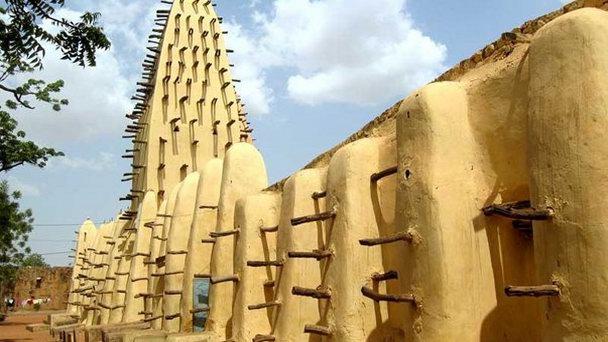 Мечеть Тингрела в Кот-д`Ивуар. XVII век