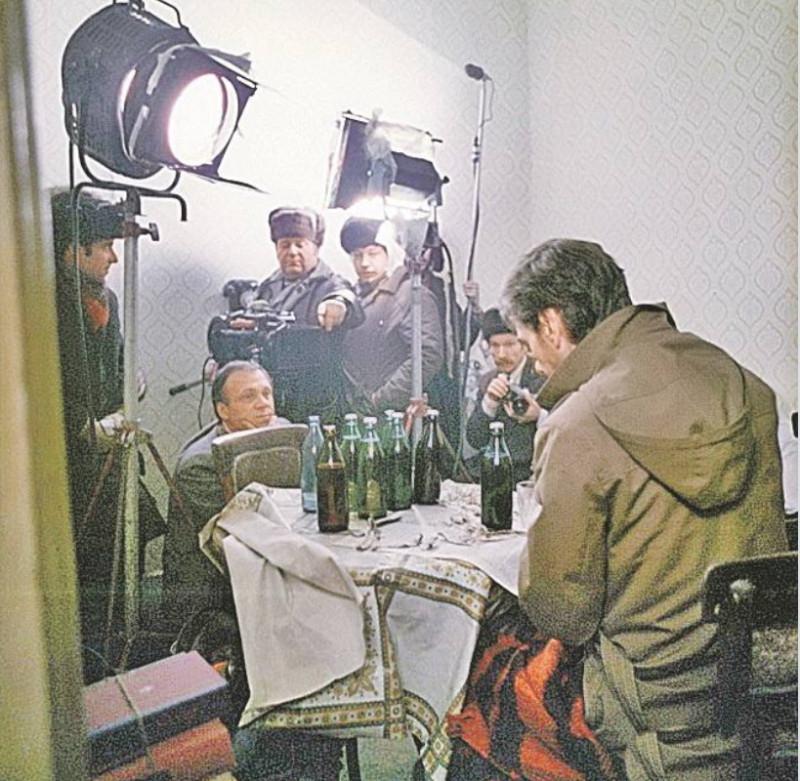 """""""Москва слезам не верит"""", 1979 год.  Сцена запоя Гоши."""