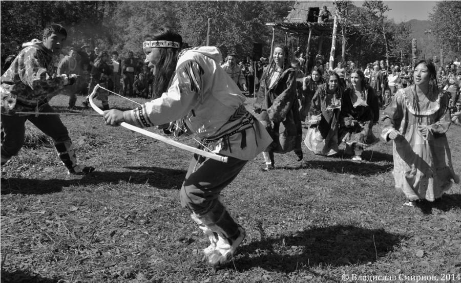 Главный ительменский шаман совершает ритуальную охоту