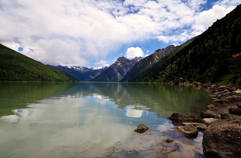 озеро Ильхун Лха-тсо