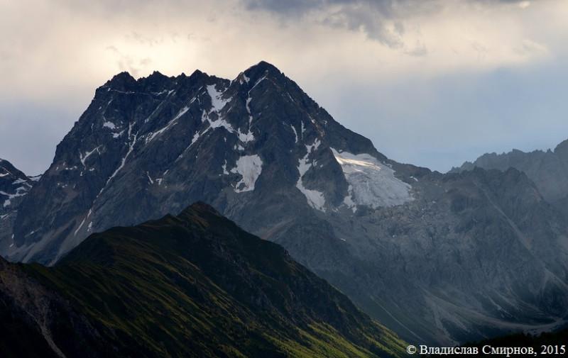 Zara Queni Peak 5430 m
