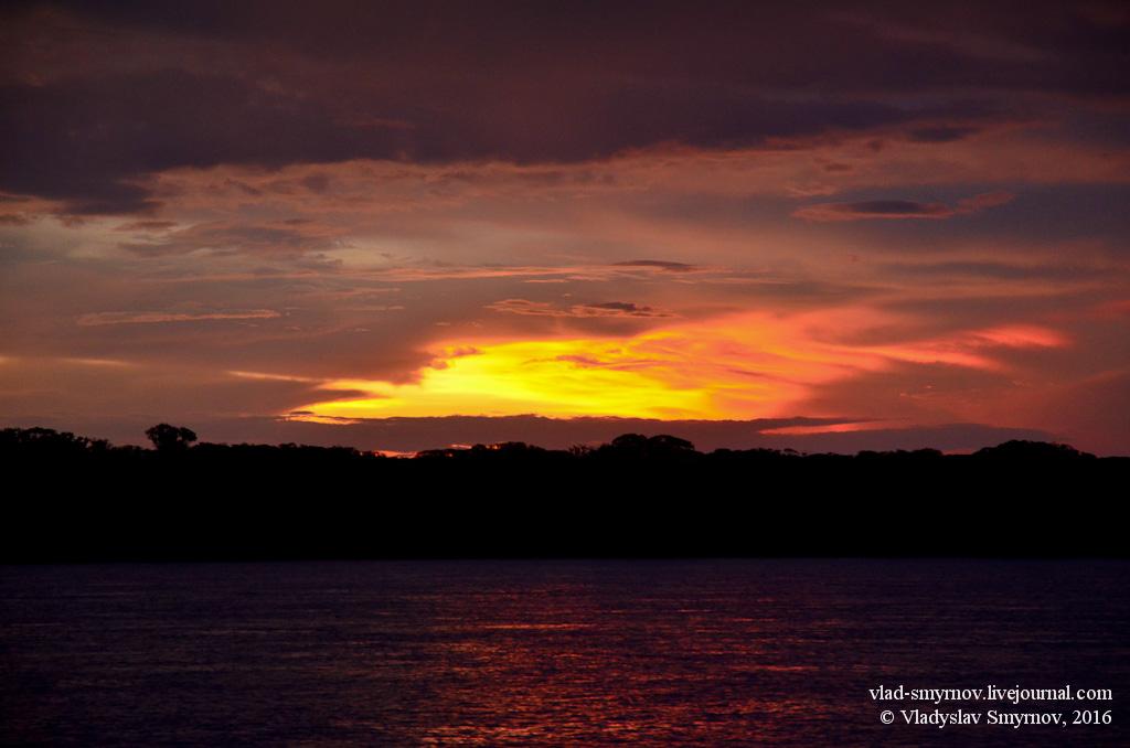 закат над рекой рио мадейра