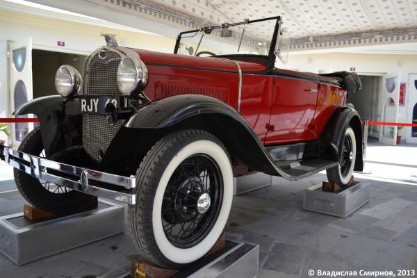 Выставка раритетных авто