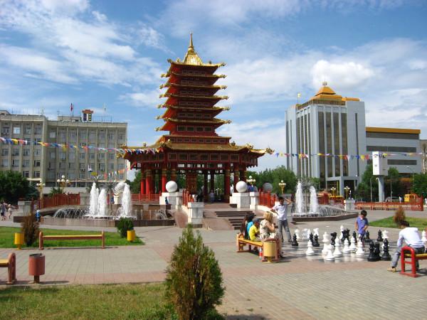 Столица Калмыкии - Элиста. Центральная площадь