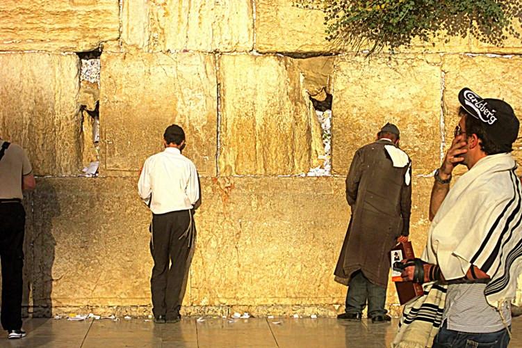 4  блоки стены