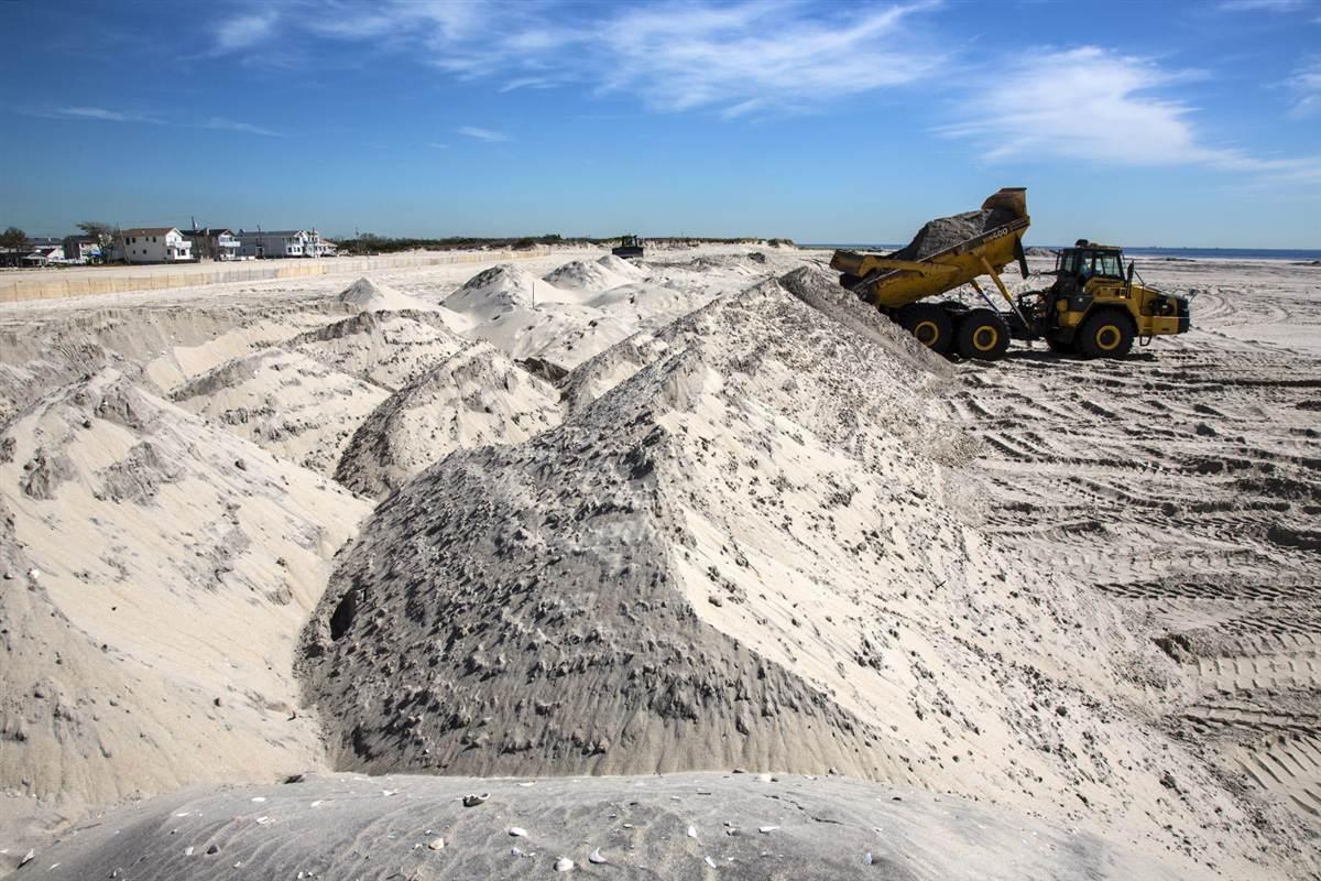 ss-131024-sandy-rebuild-013.ss_full