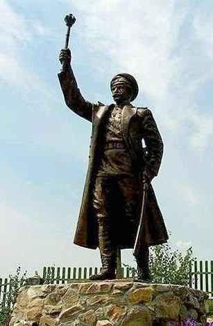 Памятник генералу Краснову
