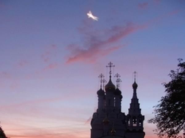 Ангел над храмом [Калининград]