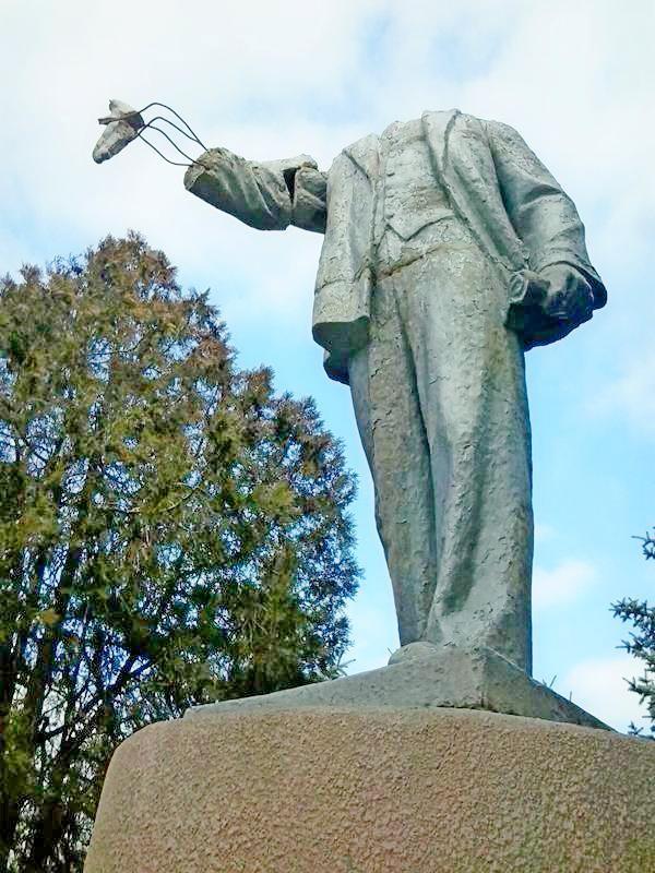 Ленин без головы (1)