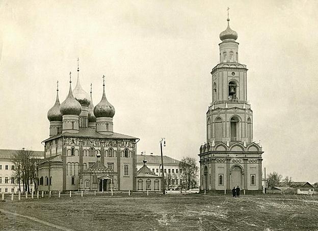 Успенский собор XVII в. Вид с востока. Начало XX в.