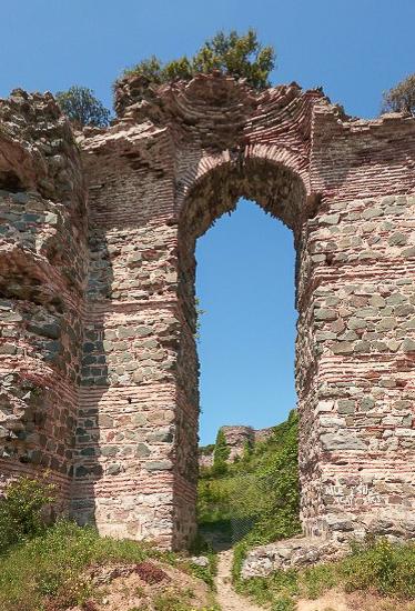 Крепость Йорос