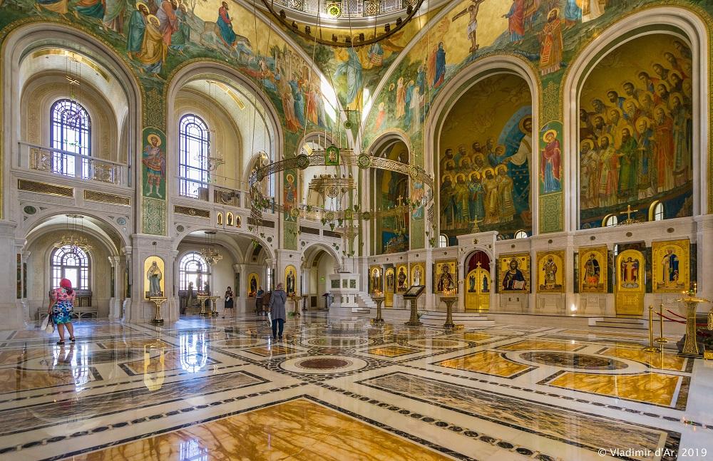 Церковь Новомучеников и Исповедников Российских