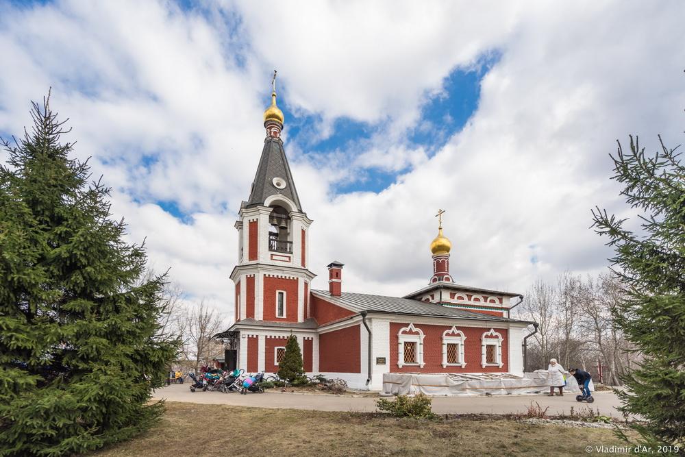 Храм Николая Чудотворца - 002.jpg