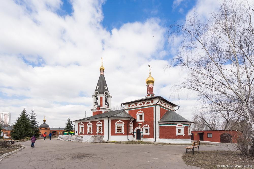 Храм Николая Чудотворца - 003.jpg