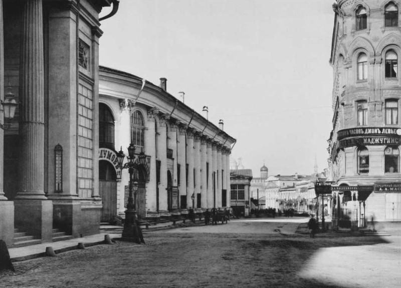 Биржевая площадь - старое фото
