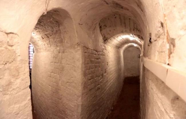Пещеры Черниговского скита