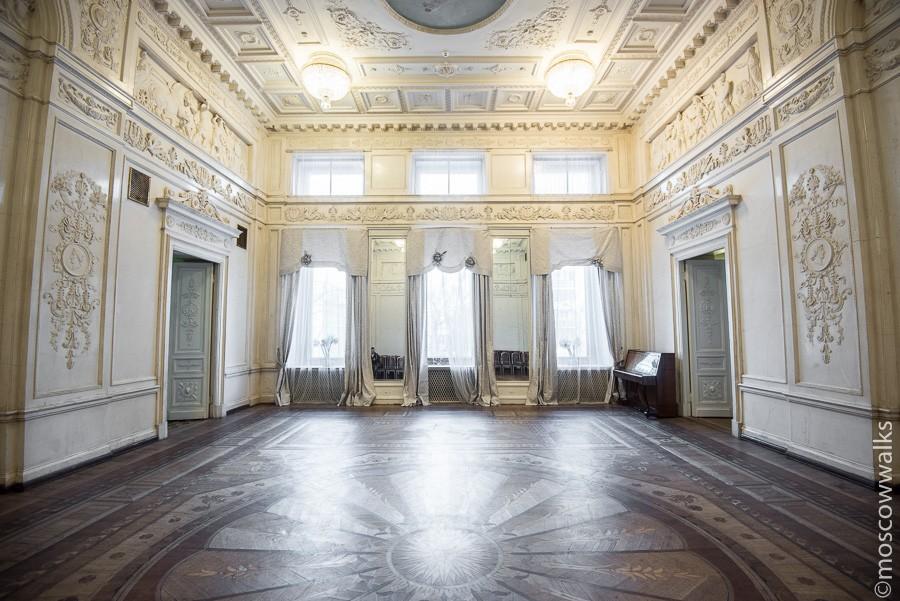 Большой Белый зал.jpg
