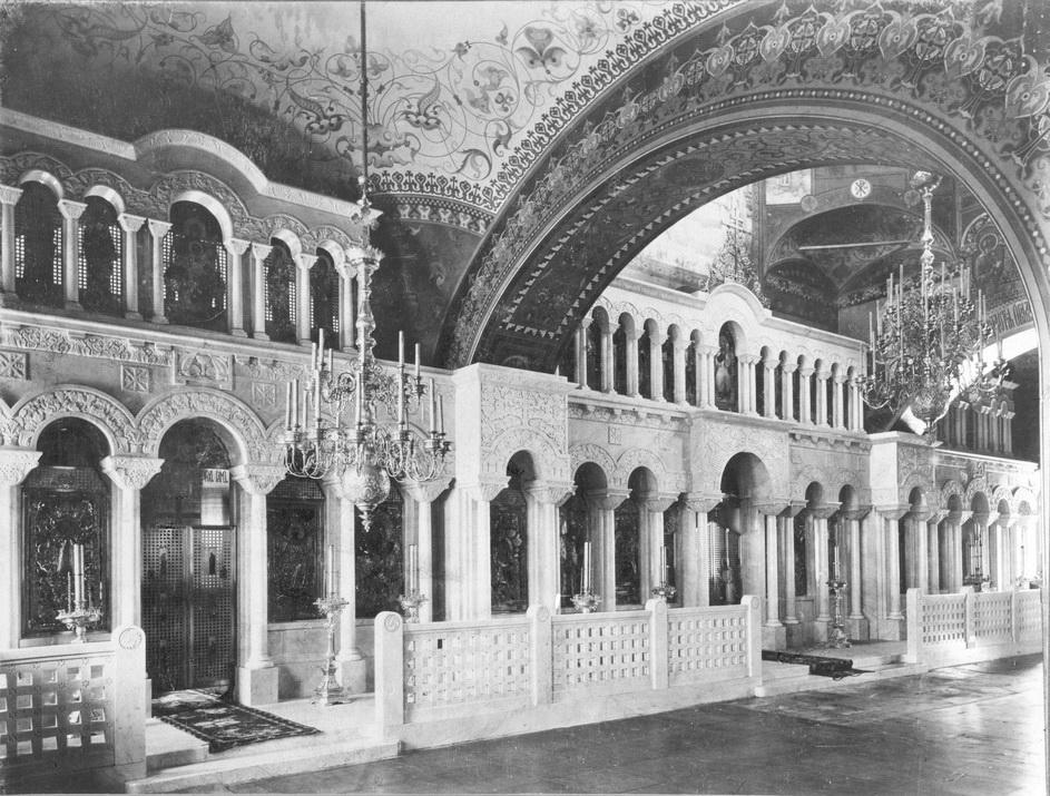 Интерьер храма Пимена Великого в Новых Воротниках
