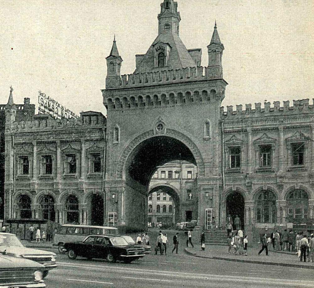 Третьяковский проезд - 8.jpg