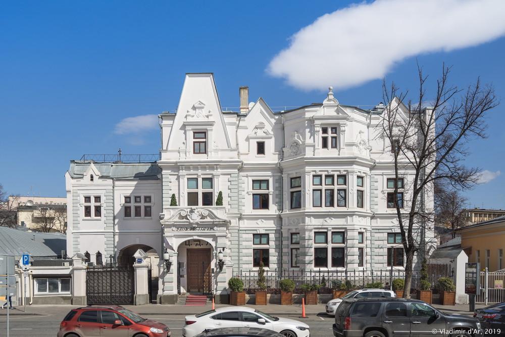 Особняк Святополк-Четвертинского 2