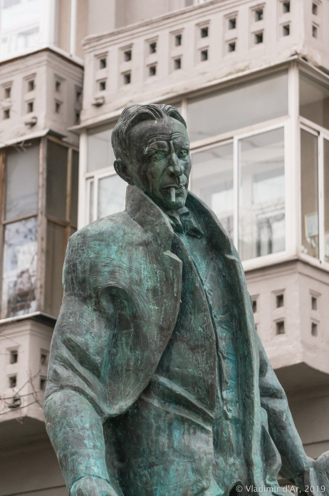 Памятник Булгакову 22.jpg