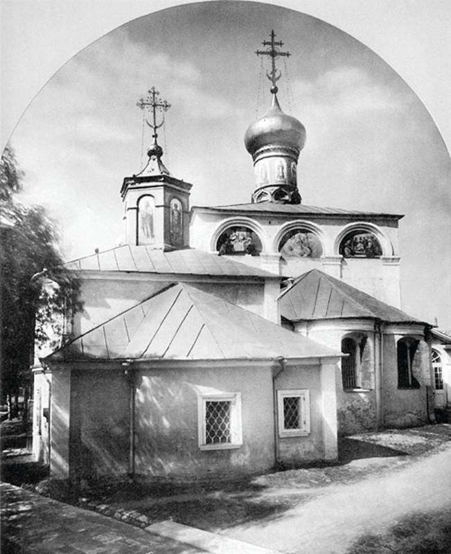Церковь Дмитрия Солунского и Церковь великомученика Никиты в Никитском монастыре. Фотография. Конца XIX в.