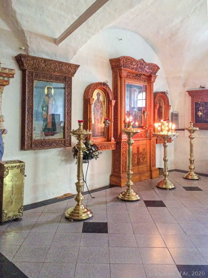 Смоленская церковь Богоявленского монастыря в Угличе